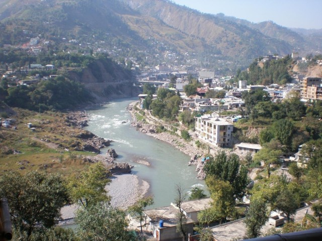 airline cheap tickets to pakistan